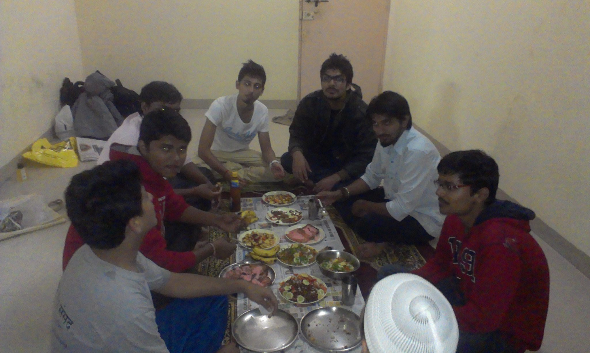 SIO Pune organised Iftar for Engineering Students
