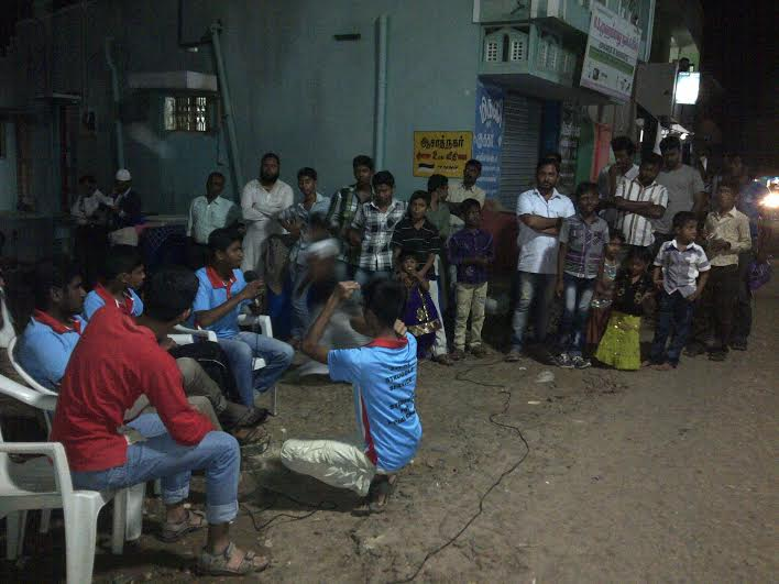 Azad Nagar JAC battles against Alcohol shops2