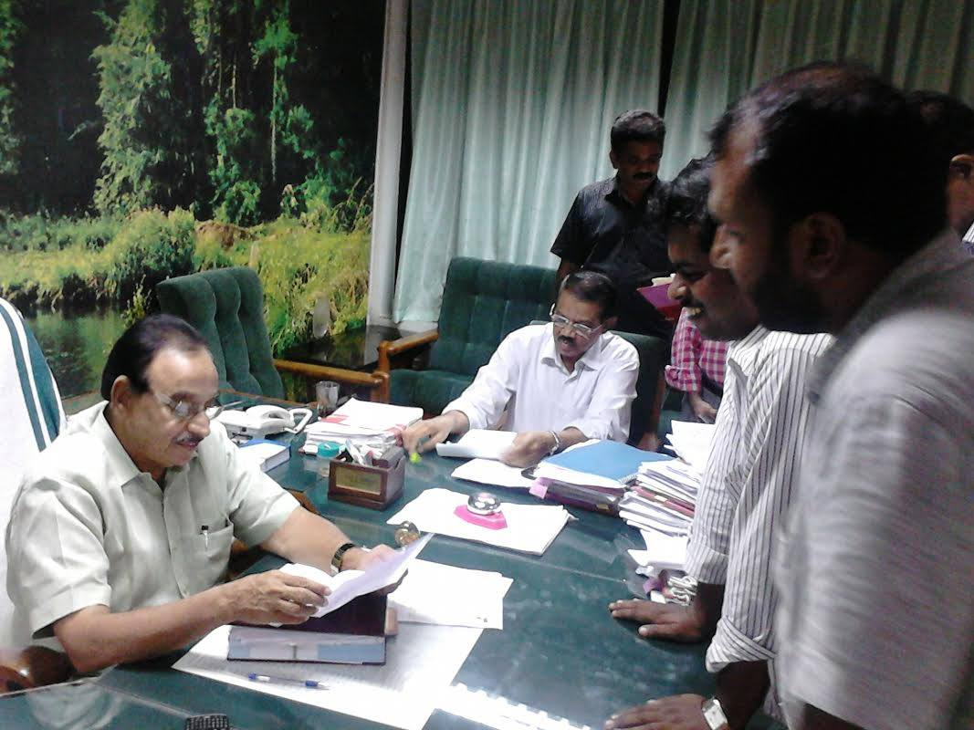 sio kerala delegates meet kerala education minister on plus two issue