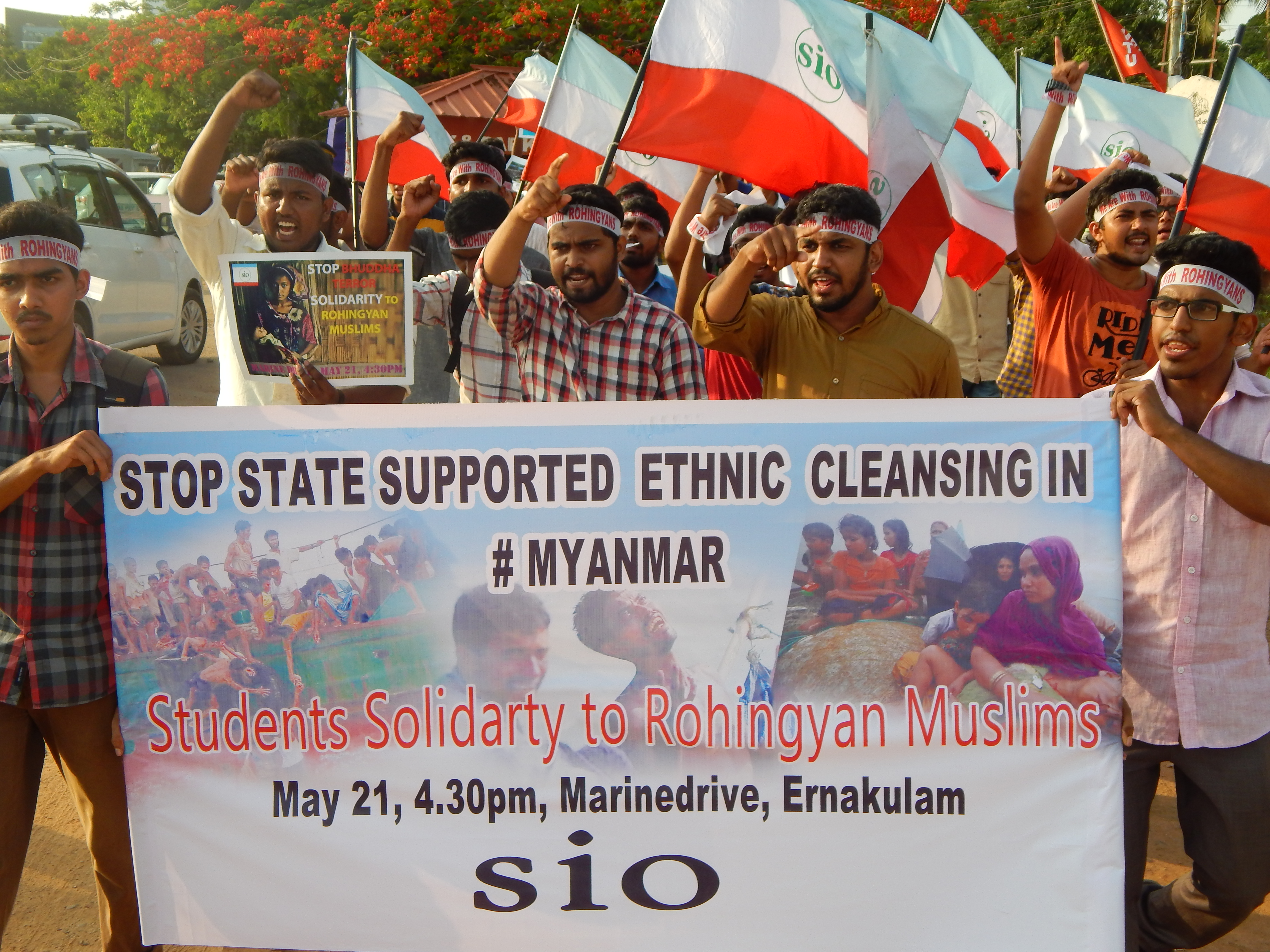 """Stop State Supported Ethnic Cleansing in Myanmar "" students express solidarity with Rohingya"