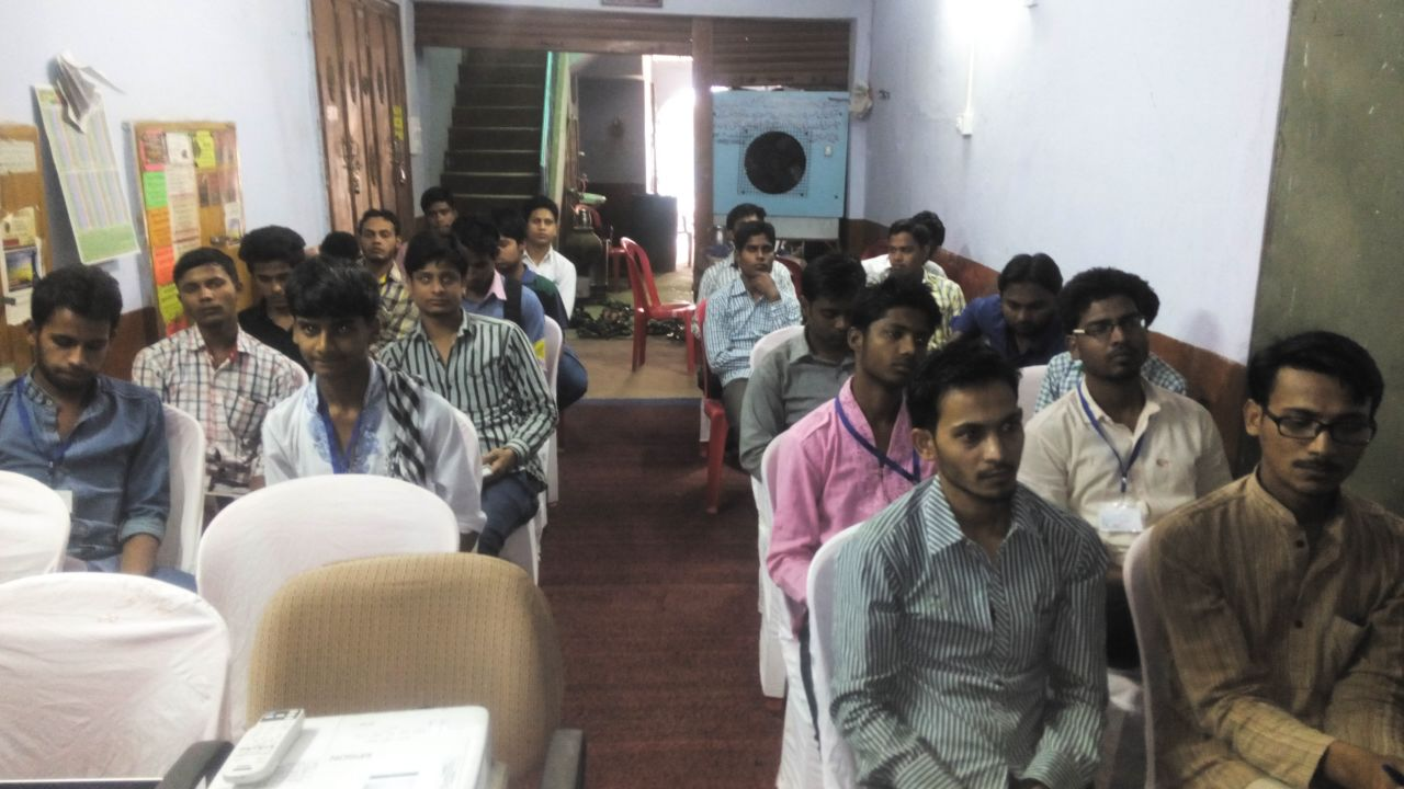 "Workshop on ""Creative Campus, Students for Social Change"" Held"