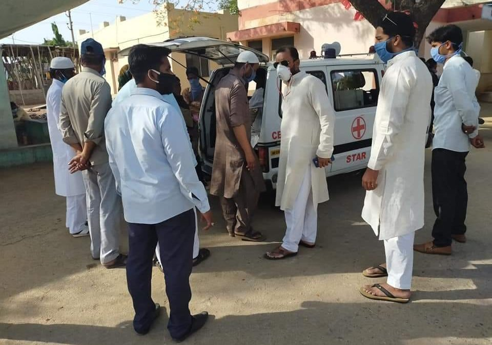 SIO Provides Aid To Family Stuck In Mahbubnagar